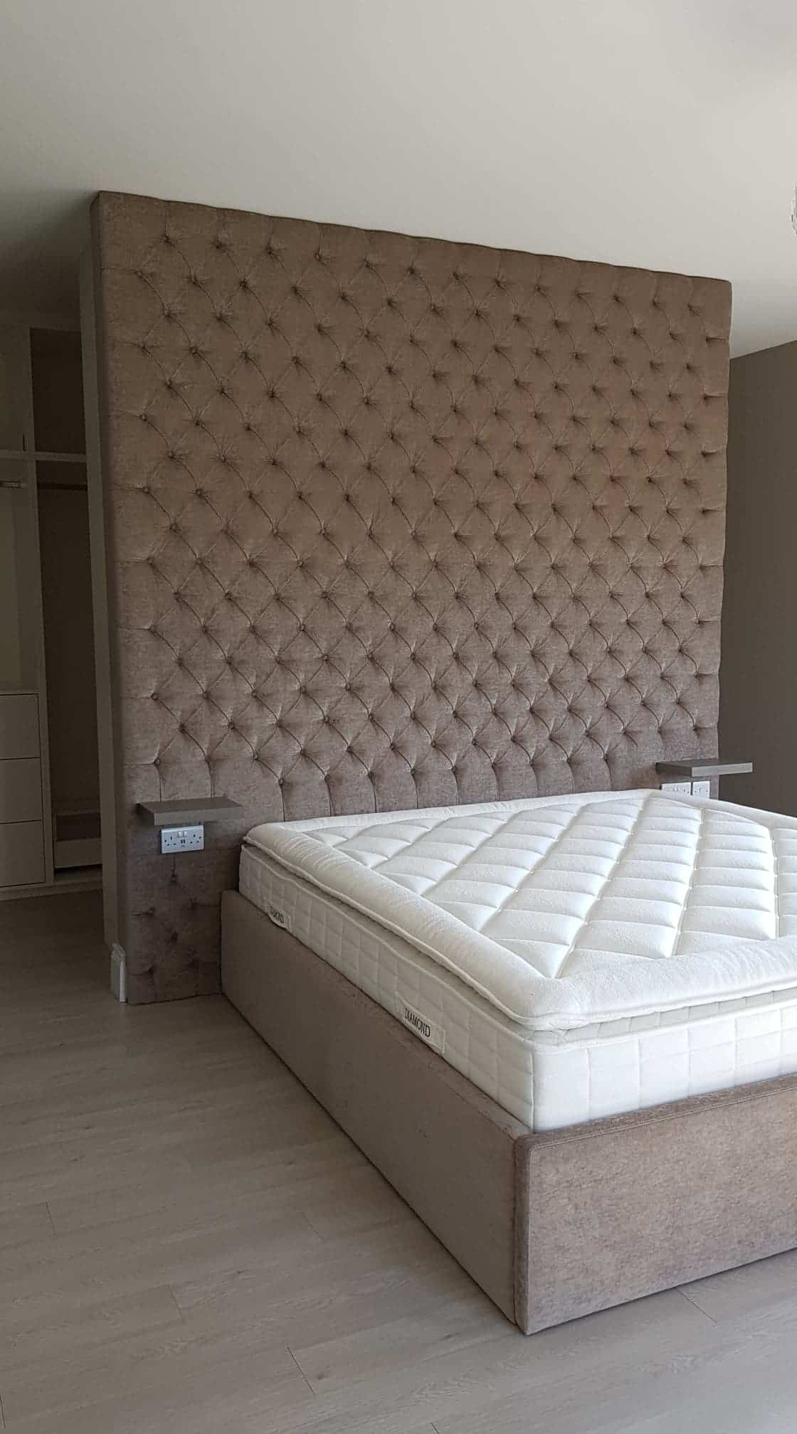 Rooftop headboard with deep buttons