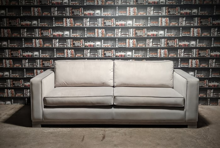 Picture of the front view of the michigan sofa