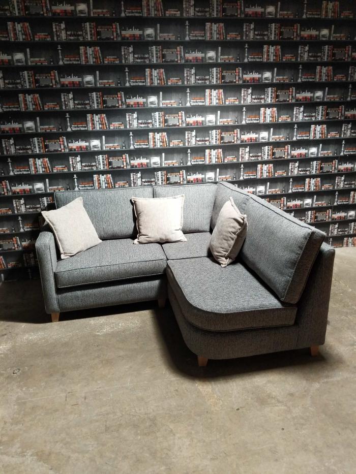 Logan Corner-Sofa Front view