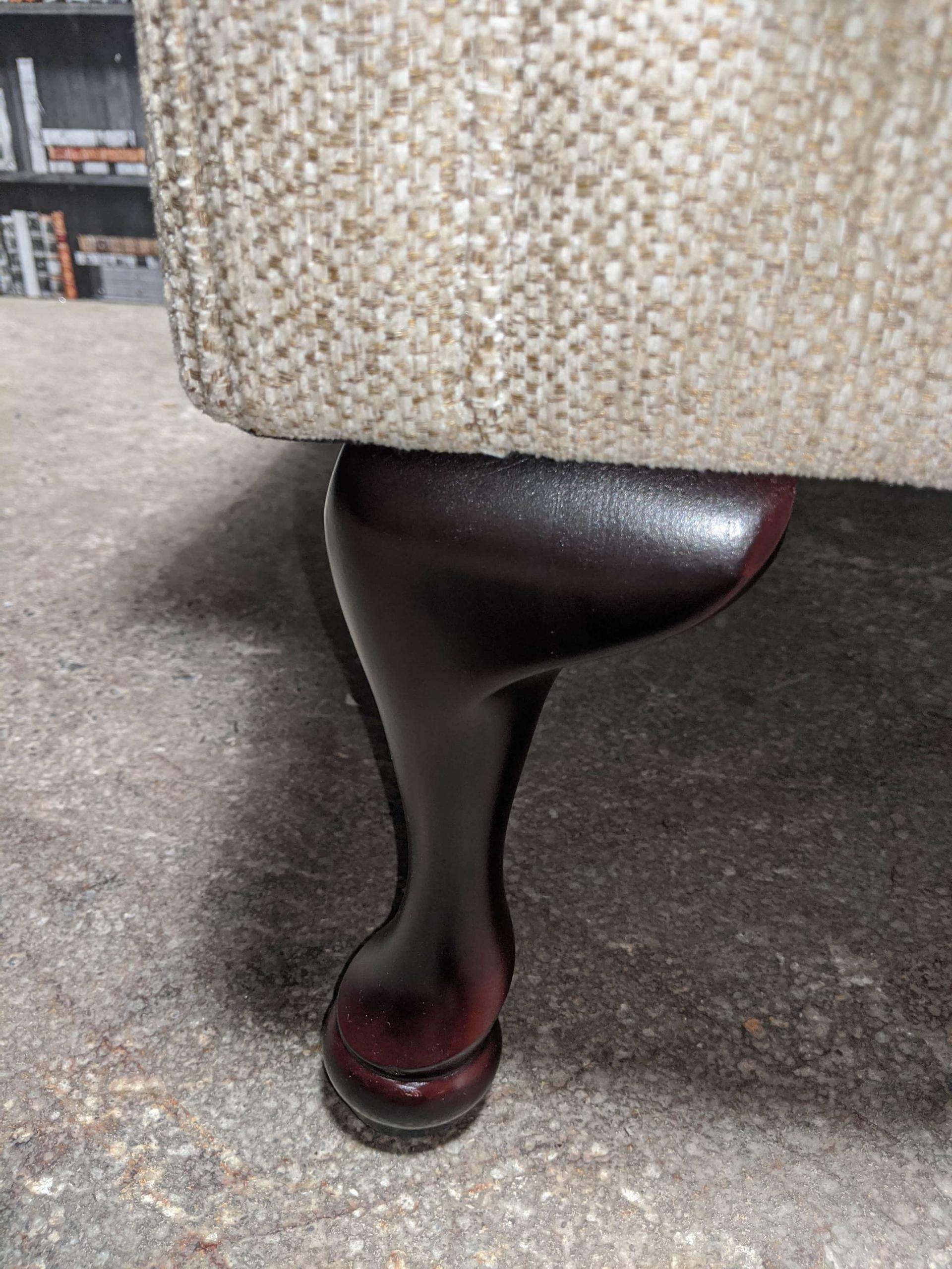 Queen Anne Chair Barley Leg View