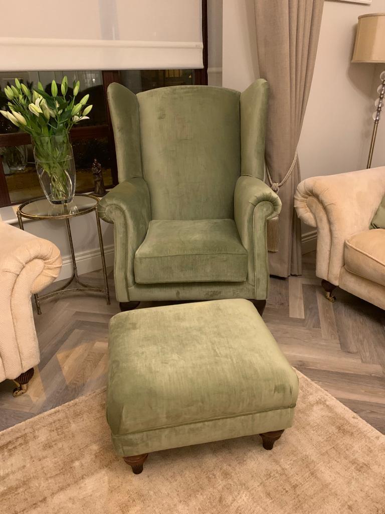 Queen anne & footstool